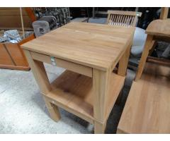 Natúr teakfa dohányzó asztal
