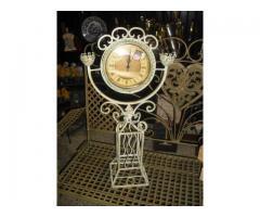 Antikolt fém gyertyatartós óra