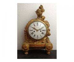 Francia aranyozott fa asztali óra