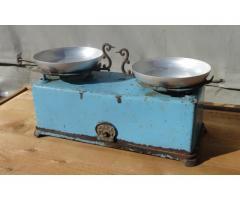 Kék konyhai mérleg