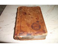 Antik bőrkötéses fa könyv alakú kártyatartó eladó!