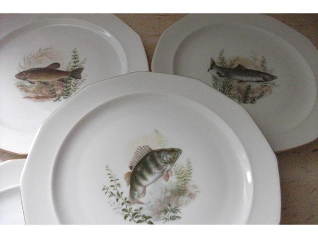 Antik porcelán halas mintás lapos tányér 6 db eladó.Készlet.