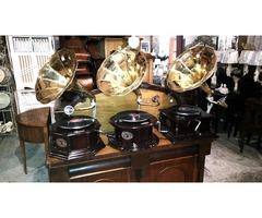 Új réztölcséres gramofonok érkeztek