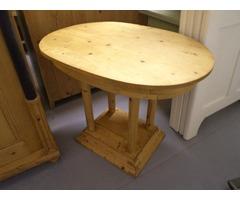 Népi fenyő asztal
