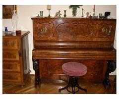 Eladó antik pianino