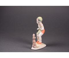 Porcelán nyuszis fiú