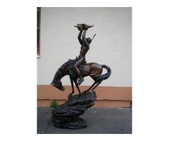 C510 Embernagyságú lovas indián szobor