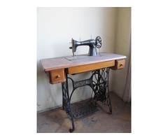 Antik Singer és Kayser varrógép