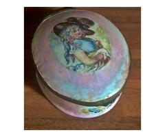 Antik kézzel festett porcelán szelence