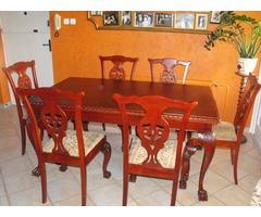 Chippendale étkezőasztal székekkel