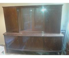 40-es évekbeli szekrény vitrinnel