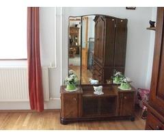 Antik toalett tükör,2 db éjjeli szekrény,+ 4db szék.