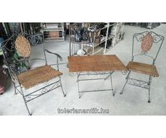 Régi kerti vas asztal 2 székkel