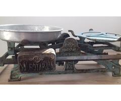 Salgótarjáni tolósúlyos öntöttvas konyhai mérleg 5 kg