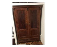 eladó antik szekrénypár