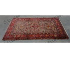 Kaukázusi mintázatú szőnyeg