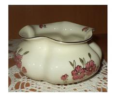 Zsolnay váza-asztalközép.