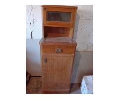 100 éves szekrény