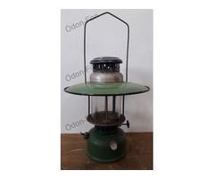 Zöld petróleumlámpa