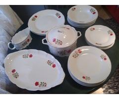 Arpo Curtea De Arges jelzéssel ellátott gyönyörú porcelán étkészlet eladó Miskolcon!