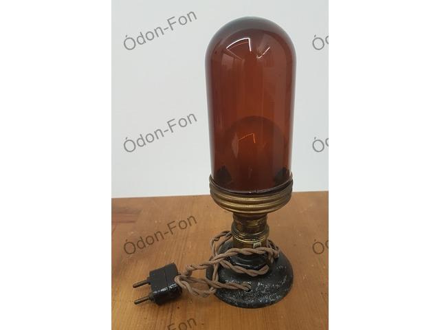 ICA márkájú előhívó lámpa