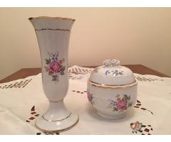 Csodálatos Hollóházi rózsamintás váza és bonbonier