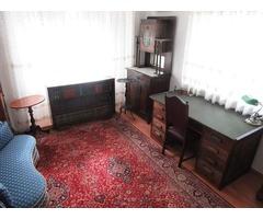 Antik nappali bútor, íróasztal, kanapé, szekrény, tálaló, könyvespolc, vitrin, asztal egyben