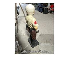 Motorosrendőr bábú