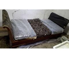 Antik biedermeier hattyúnyakú ágy a századfordulóról