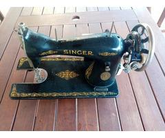 Eladó Singer C sorozatszámú varrógép