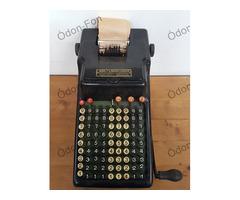 Addo szalagos számológép