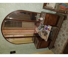 Antik toalett tükrös szekrény