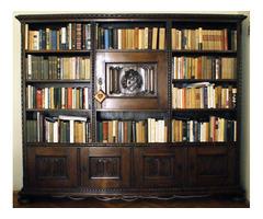 Antik könyvszekrény