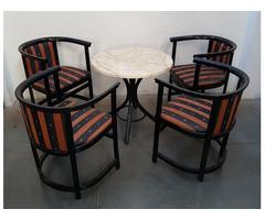 Retró székek asztallal