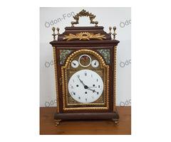 Holdjáratos barokk asztali óra