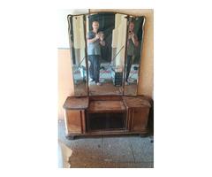 Toalett tükör