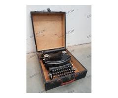 Adler táska írógép