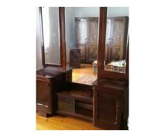 Antik tükrös fésülködőasztal