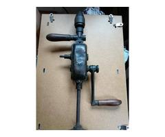 Régi kézi fúrógép eladó a XVIII kerületben