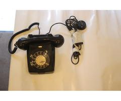 Üzemképes antik telefon
