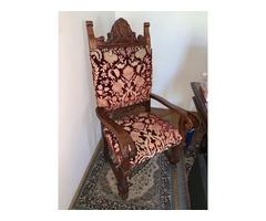 Antik asztal 6 db székkel