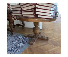 Kis tömörfa asztal