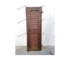 Zsalugáteres, keskeny, 1 szárnyú ajtó