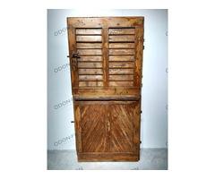 Osztható nyitású zsalugáteres barna ajtó