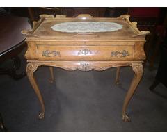 A138 Antik neobarokk szervízasztal, teázó, kávézó asztal