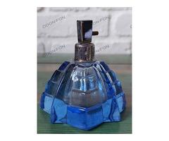 Parfümös üveg mélykék