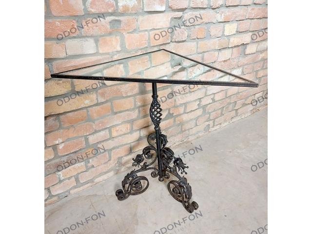 Kovácsoltvas sarok asztal