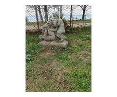 Antik kerti szobor