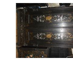 Antik festett népi szekrény