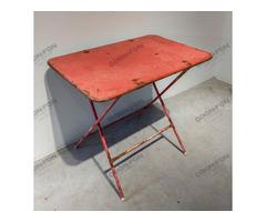 Összecsukható kerti asztal piros